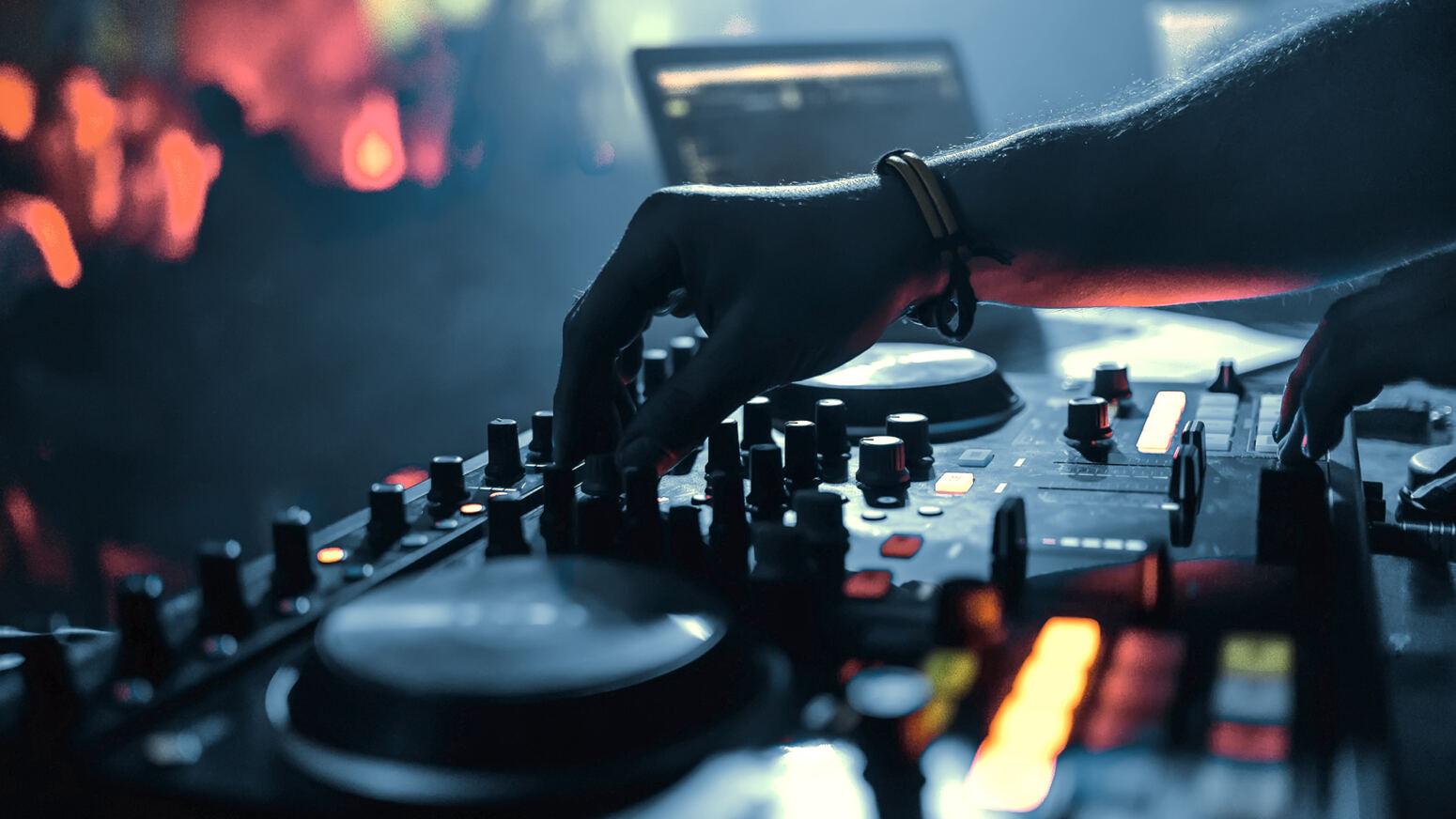 Non Stop Dance